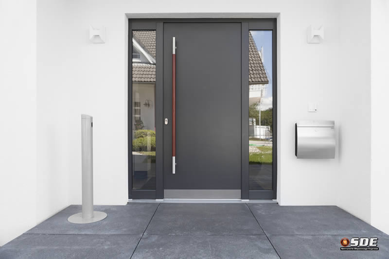 Porte porte fen tre cloison installation et r paration for Reparation porte d entree